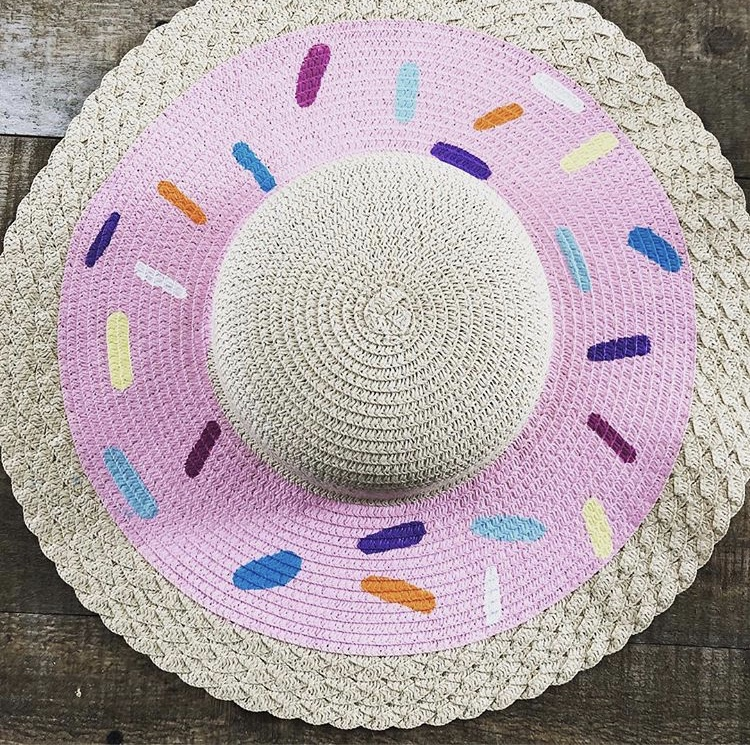 Doughnut Disturb: DIY Vacation-Mode Sunhat With Nicole