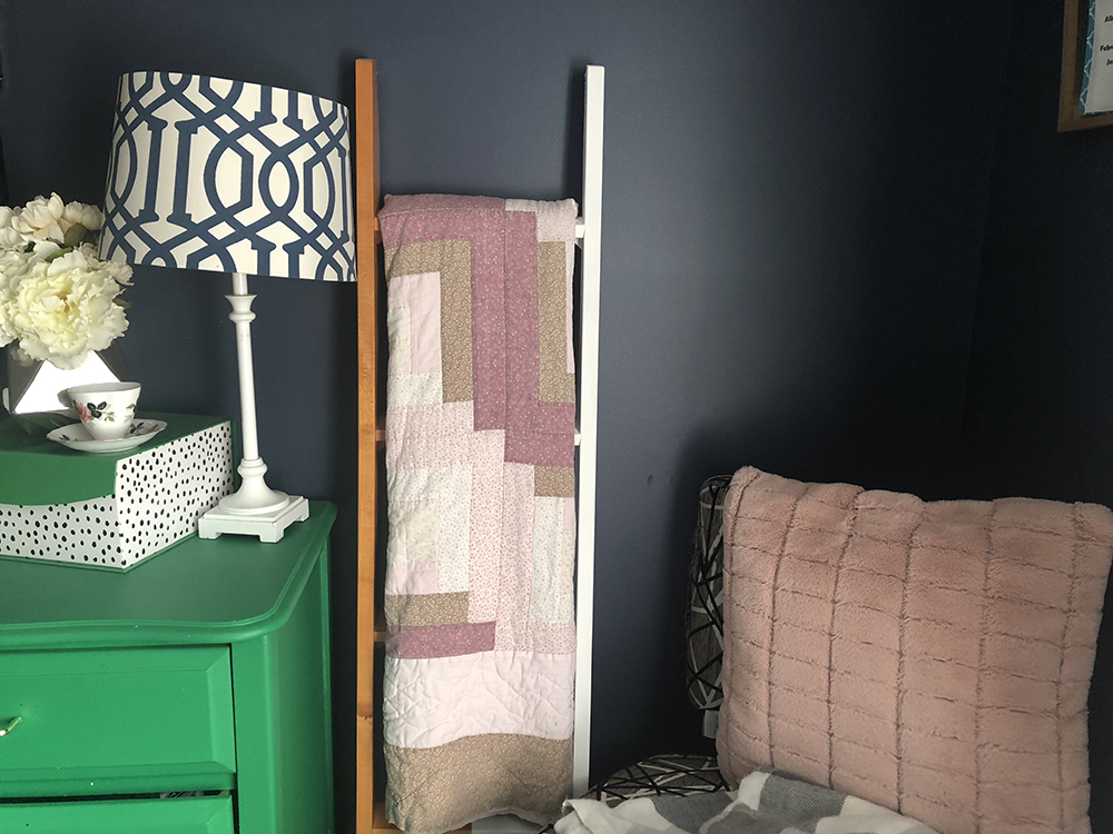 Mixing Modern With Heirlooms: Climb up to your own blanket ladder project!